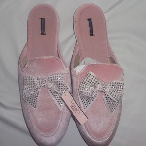 Victoria's Secret L Slippers Mules Pink Velvet Bow